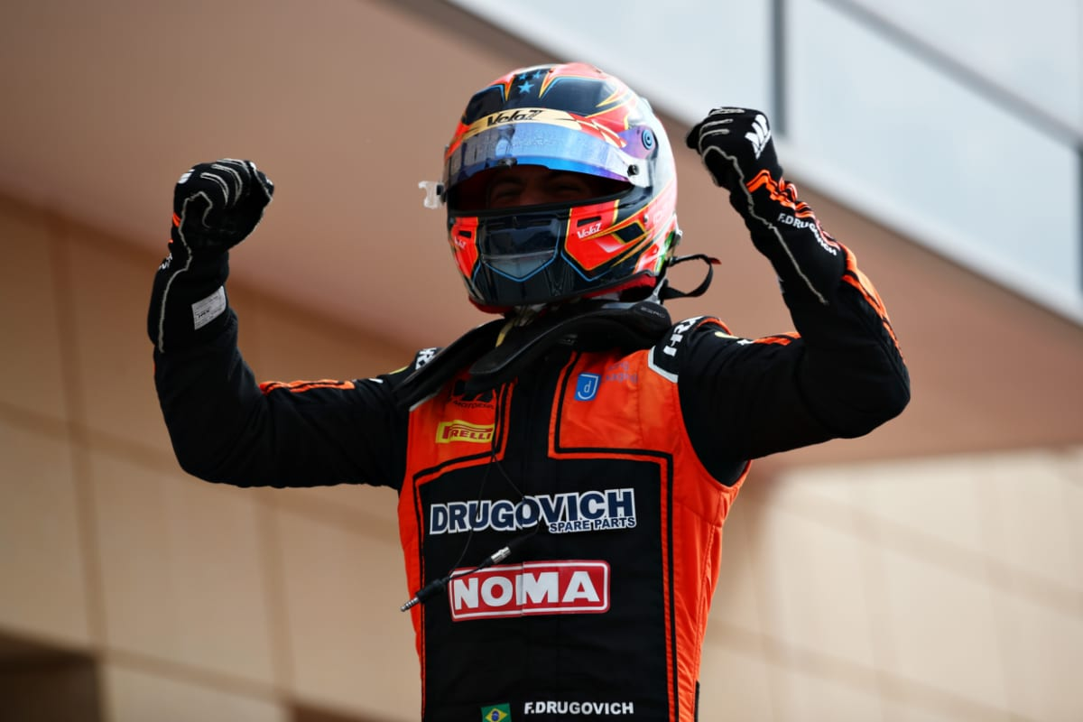 Drugovitch Dominates in the Dunes Bahrain F2 Feature Race