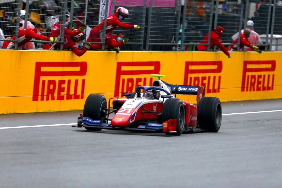 Robert Shwartzman wins at the Red Bull Ring - Spielberg F2 round 2020